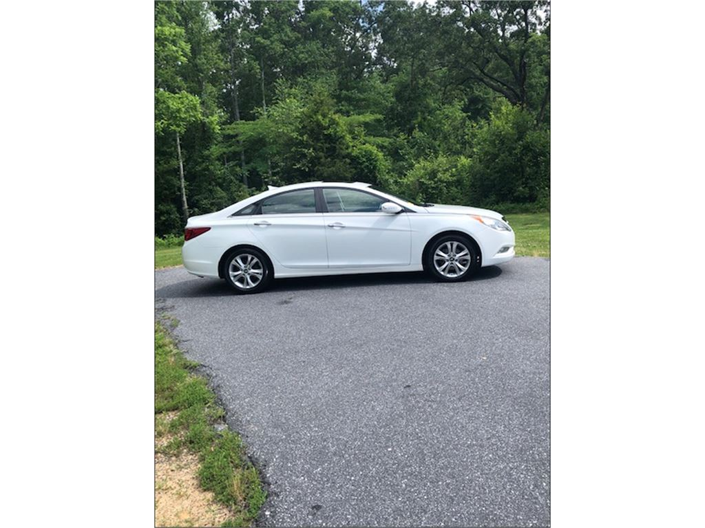 2011 Hyundai Sonata Limited Auto for sale by dealer