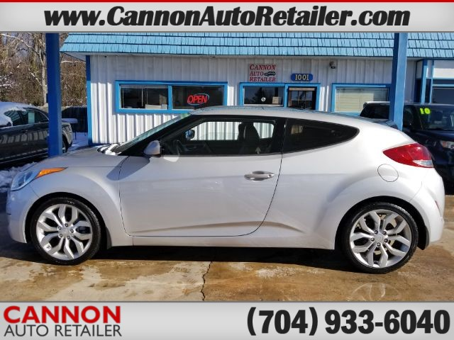 2012 Hyundai Veloster Base for sale by dealer