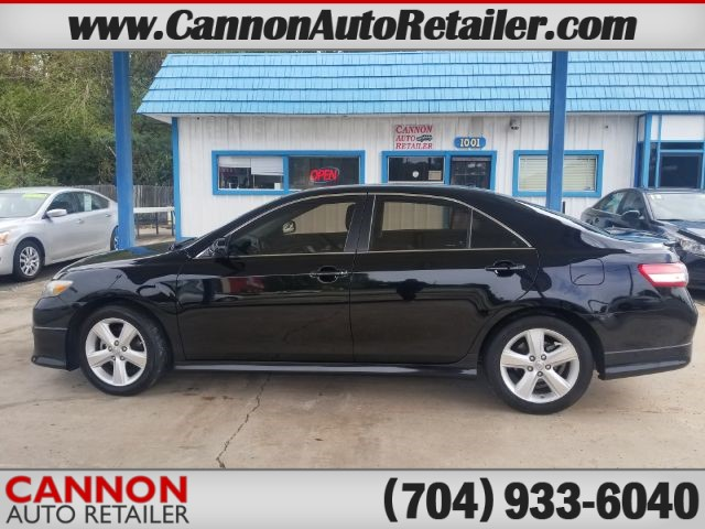 2010 Toyota Camry SE 6-Spd AT for sale by dealer