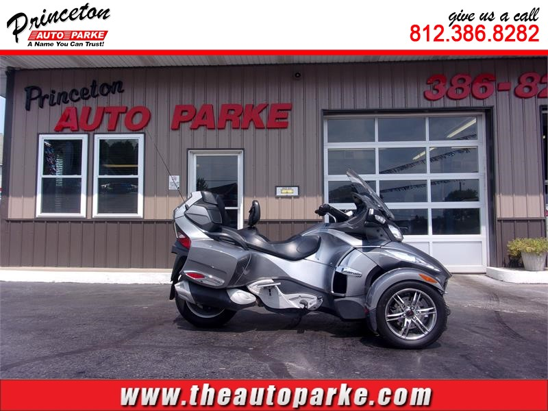 2011 CAN AM SPYDER RT SE5 for sale by dealer