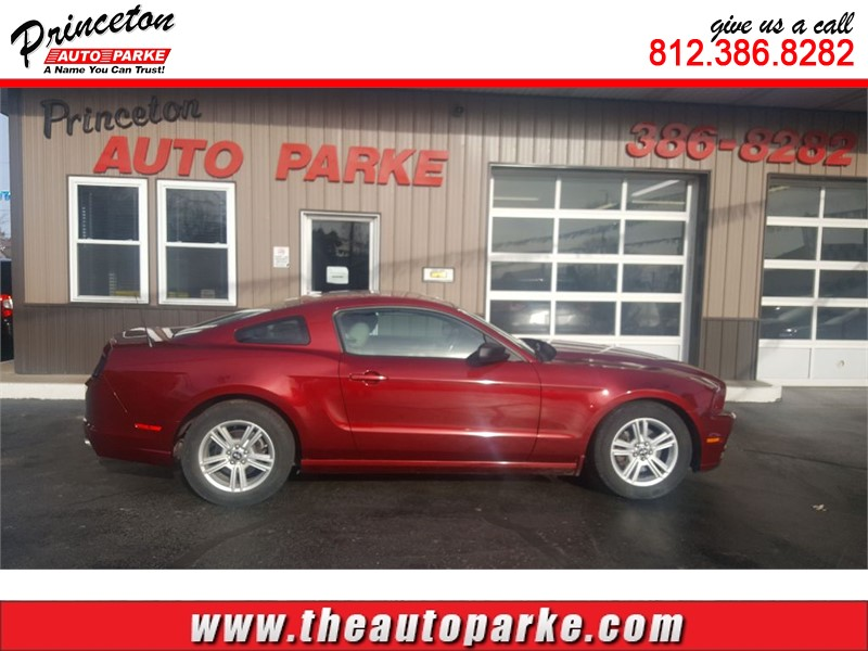 2014 FORD MUSTANG Princeton IN