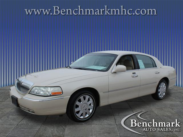 2003 Lincoln Town Car Cartier for sale by dealer