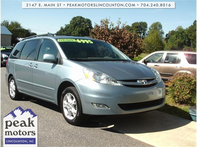 2006 Toyota Sienna XLE Limited for sale by dealer