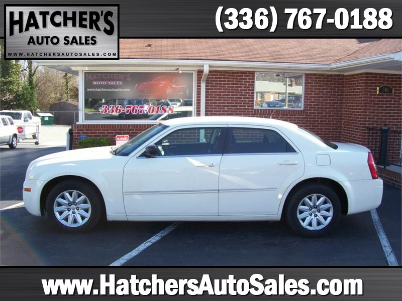 2008 Chrysler 300 LX for sale by dealer