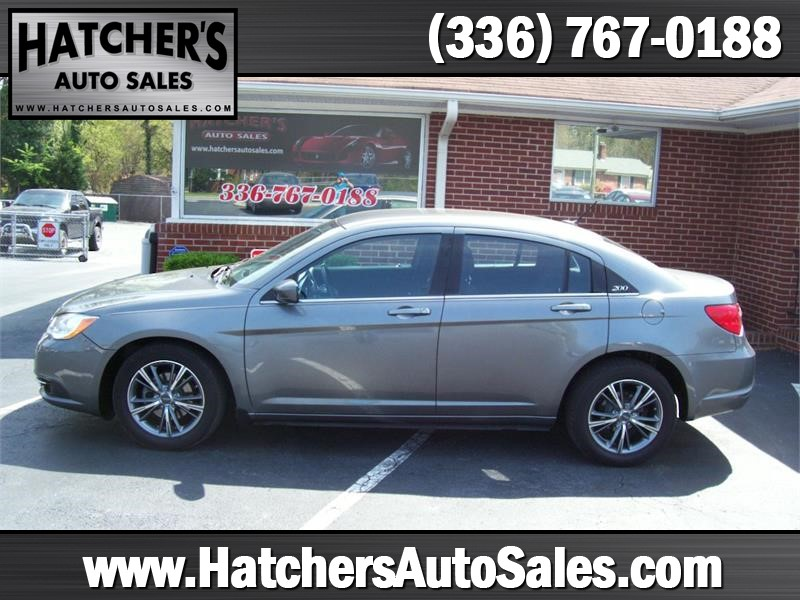 2012 Chrysler 200 Touring for sale by dealer