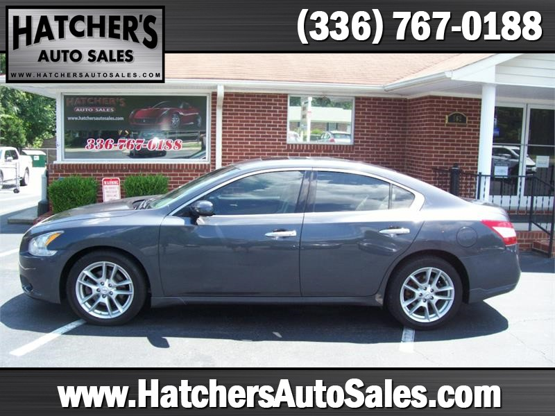 2010 Nissan Maxima S for sale by dealer