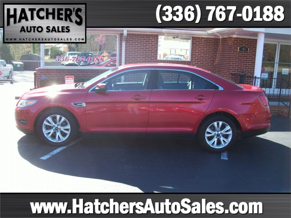 Ford Taurus SEL AWD in Winston-Salem