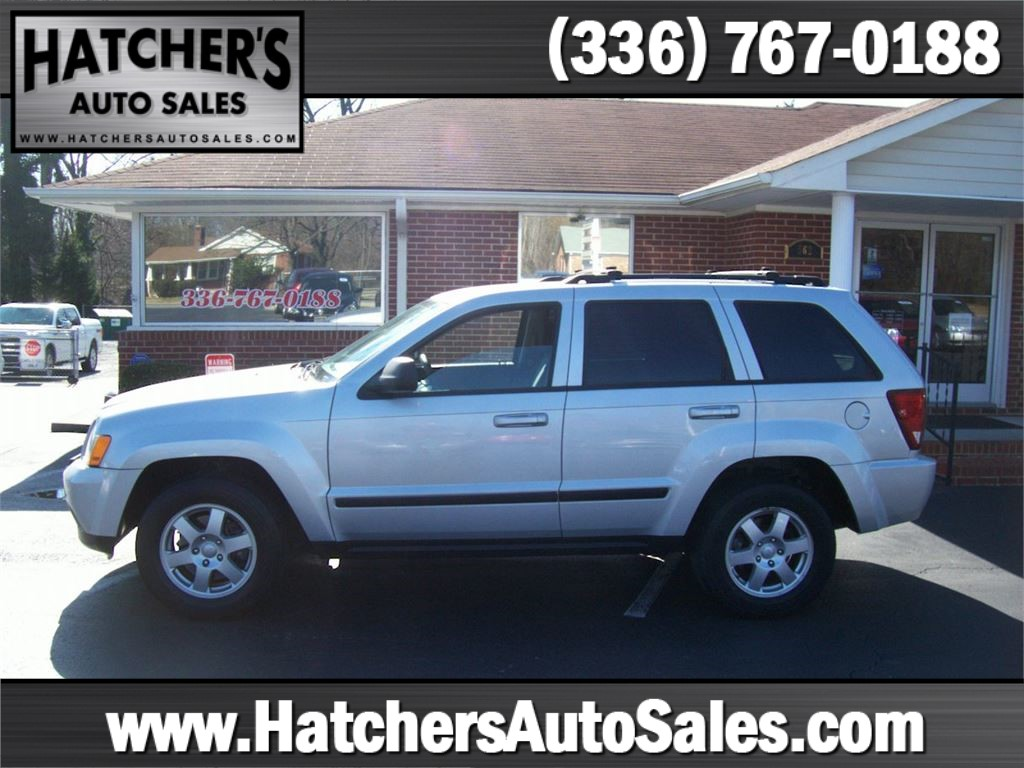 2009 Jeep Grand Cherokee Laredo 2WD for sale by dealer