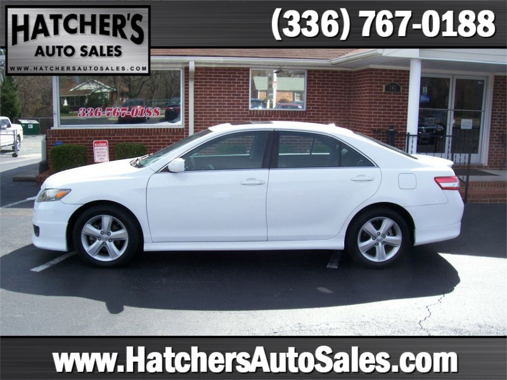 2011 Toyota Camry SE 6-Spd MT for sale by dealer