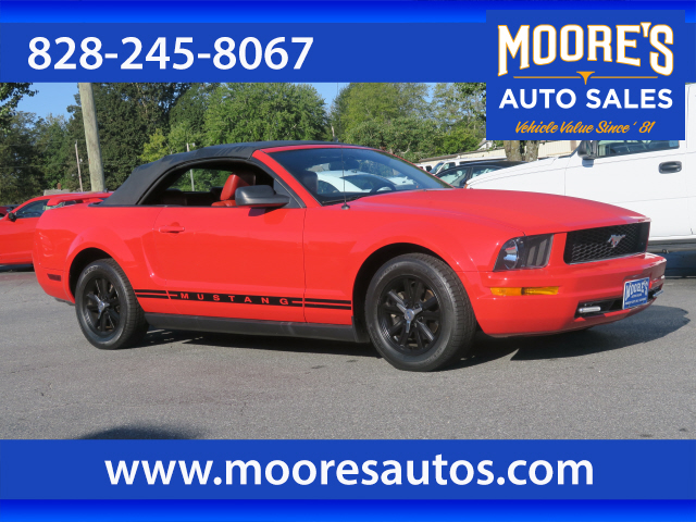 2005 Ford Mustang V6 Premium for sale by dealer