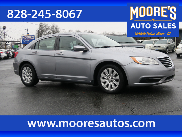 2013 Chrysler 200 LX Forest City NC