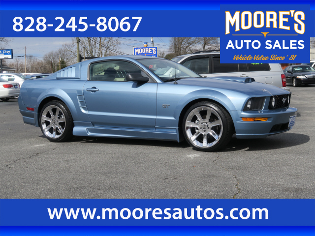 2006 Ford Mustang GT Premium for sale by dealer