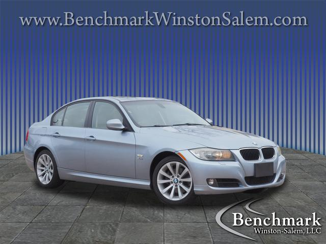 2011 BMW 3 Series 328i xDrive for sale by dealer