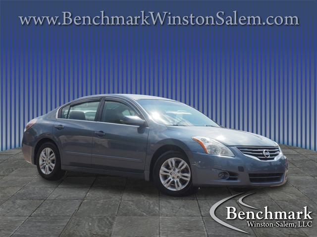 2010 Nissan Altima 2.5 4dr Sedan for sale by dealer