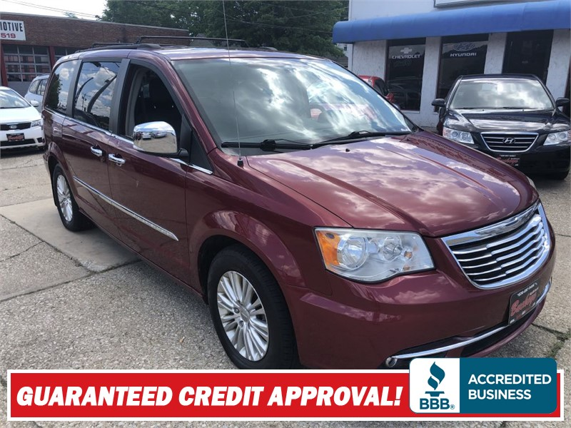 2011 CHRYSLER TOWN & COUNTRY TOURING L for sale by dealer