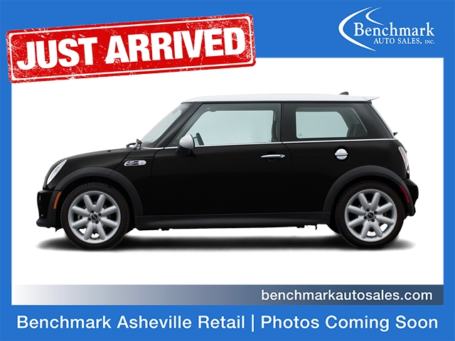 2006 MINI Cooper S Hatchback 2D