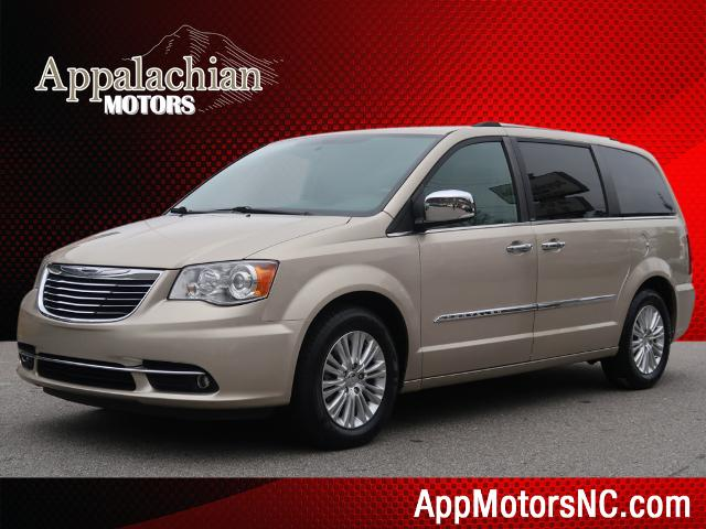 2014 Chrysler Town & Country Limited for sale by dealer