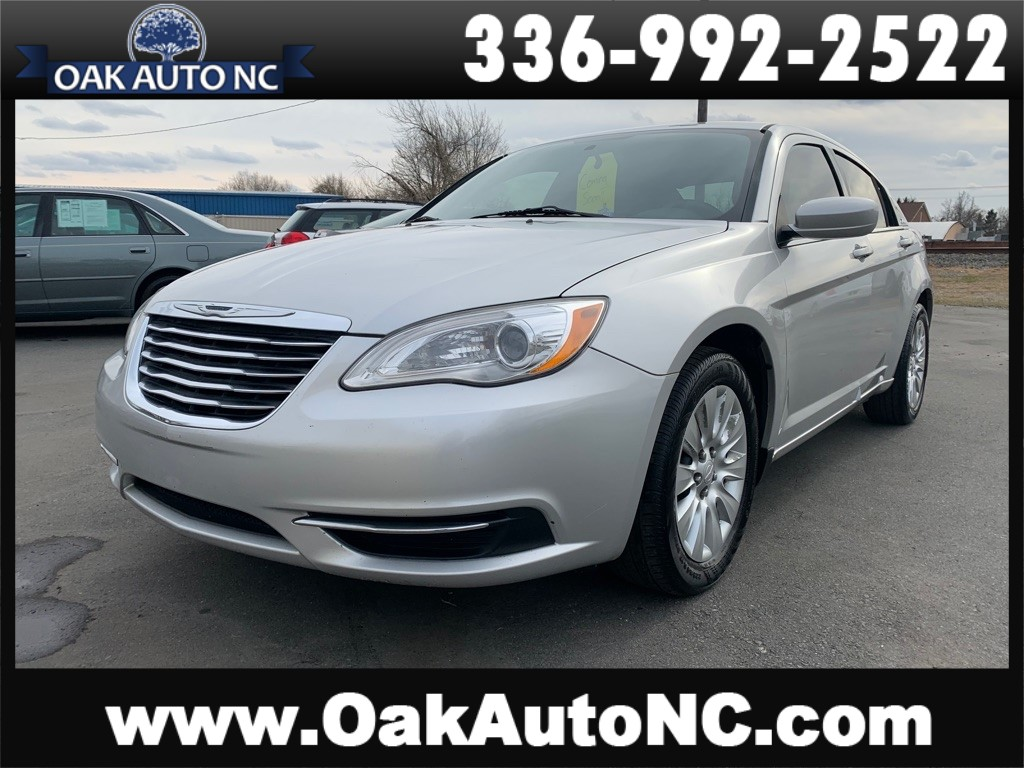 2012 CHRYSLER 200 LX NO ACCIDENTS 2 OWNERS SO OWNED for sale by dealer