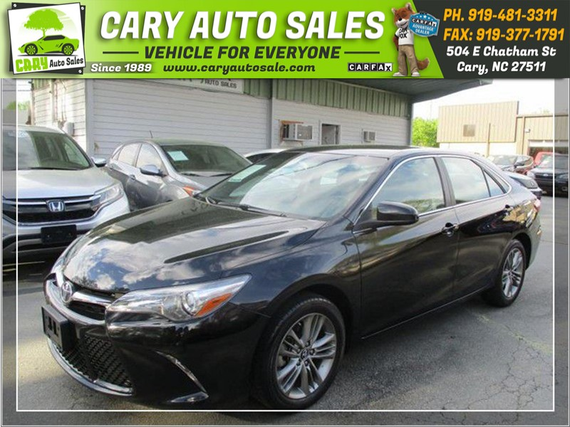 2017 TOYOTA CAMRY SE for sale by dealer