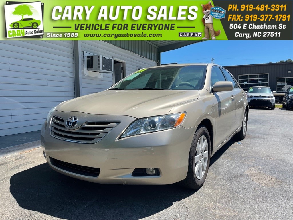 2009 TOYOTA CAMRY XLE for sale by dealer