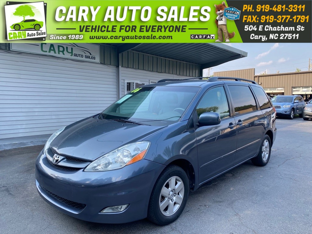 2006 TOYOTA SIENNA XLE for sale by dealer