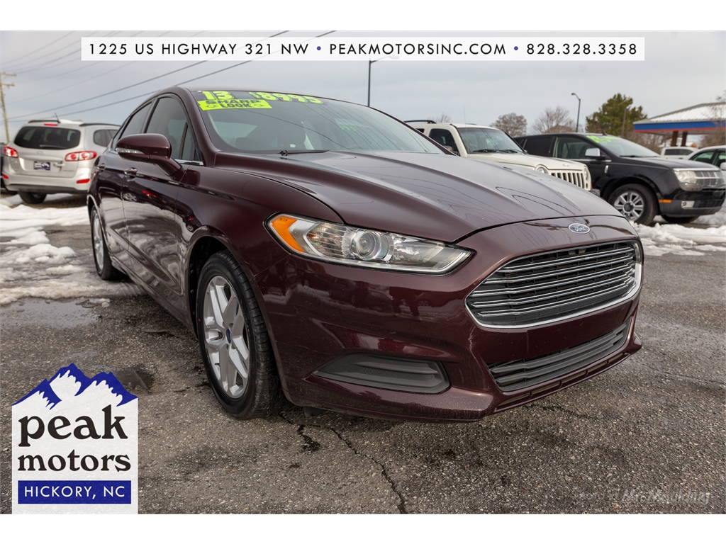Ford Fusion SE in Hickory