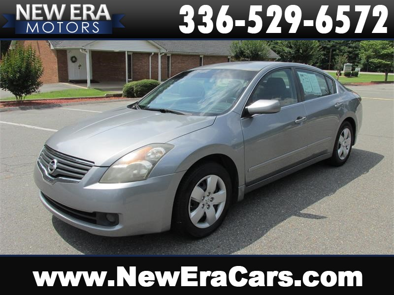 2008 Nissan Altima 2.5 Cheap! Manual! for sale by dealer