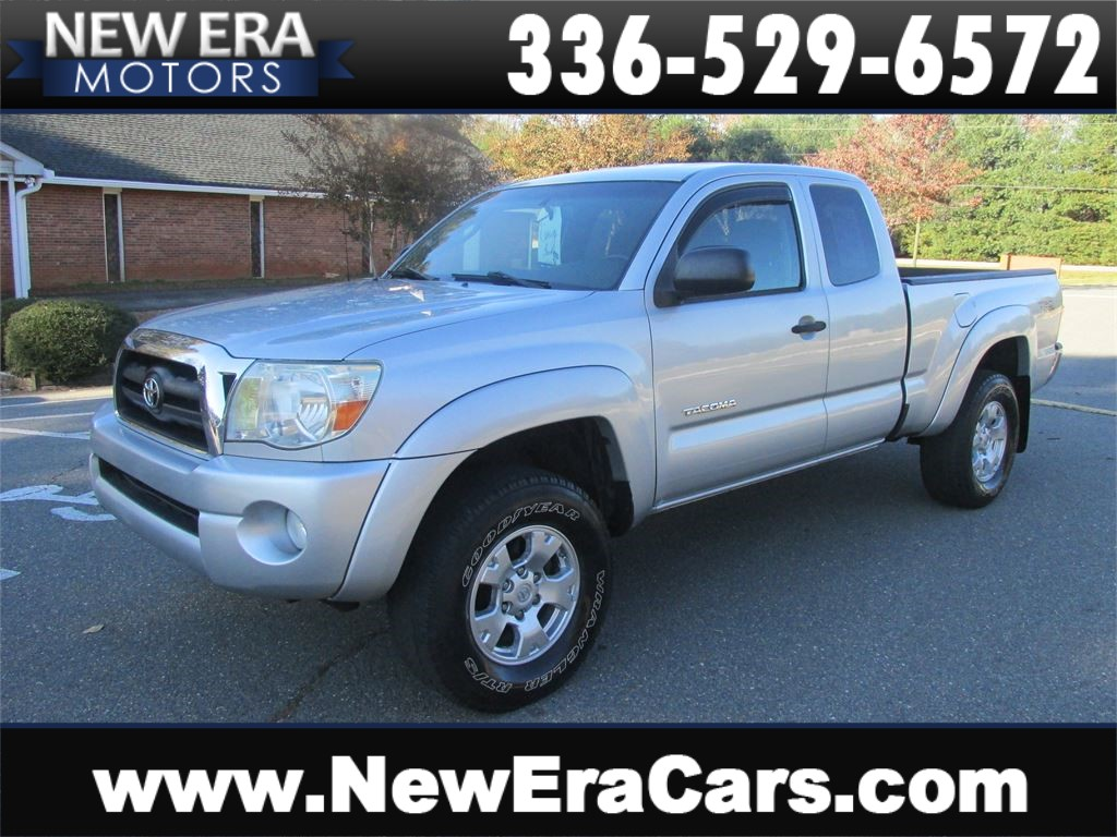 2006 Toyota Tacoma Access Cab V6 4WD Nice! Cheap! for sale by dealer