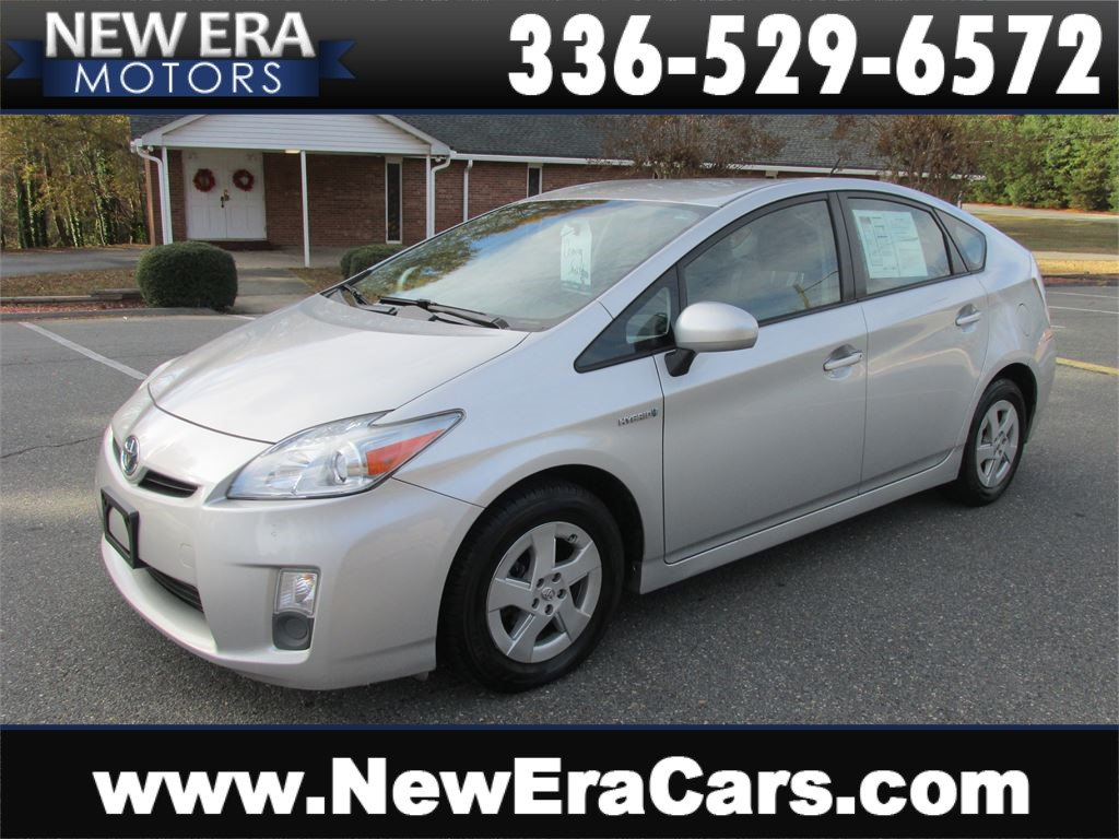 2010 Toyota Prius II Great MPG! Cheap! for sale by dealer