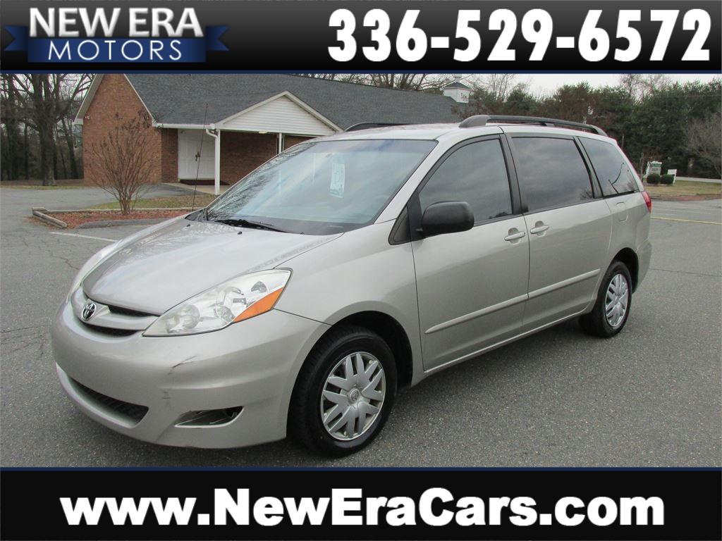 Toyota Sienna CE Nice! Cheap! in Winston Salem