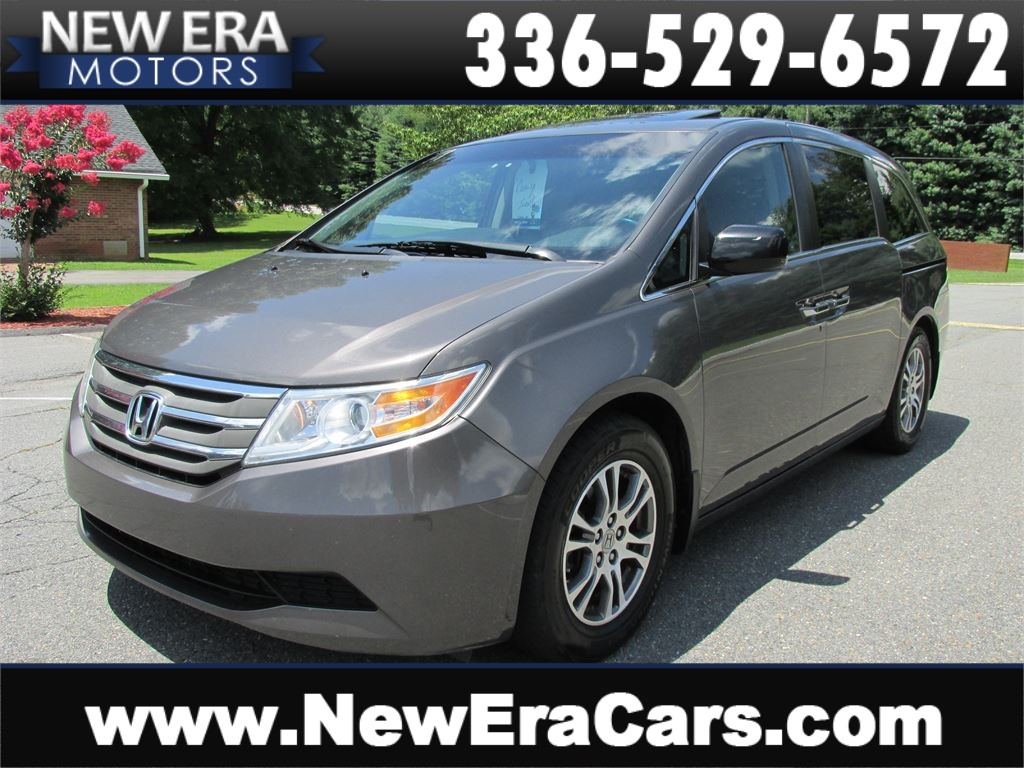 2011 Honda Odyssey EX-L Leather! Nice! Clean! for sale by dealer