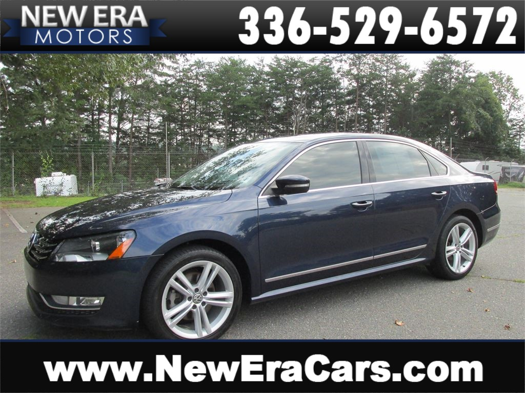 2013 Volkswagen Passat 2.0L TDI DIESEL! Leather! for sale by dealer