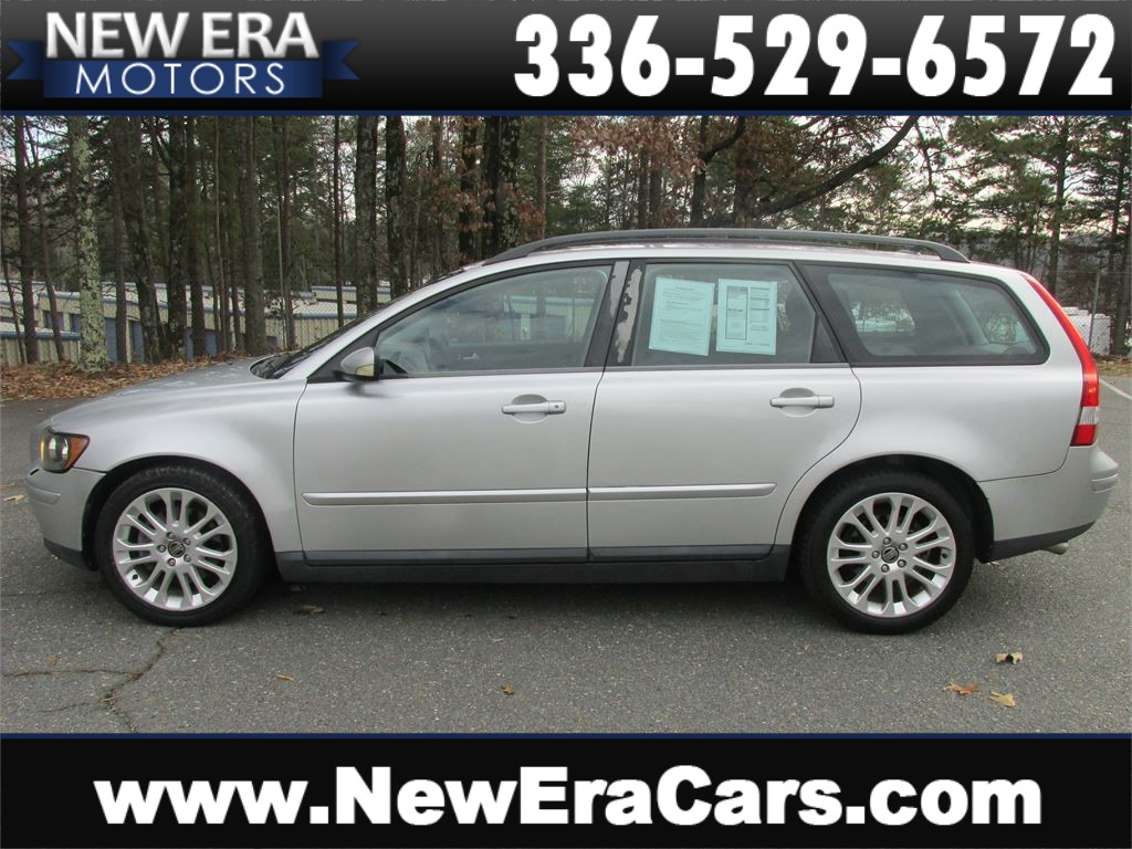 2005 Volvo V50 T5 Sporty and Safe for sale by dealer