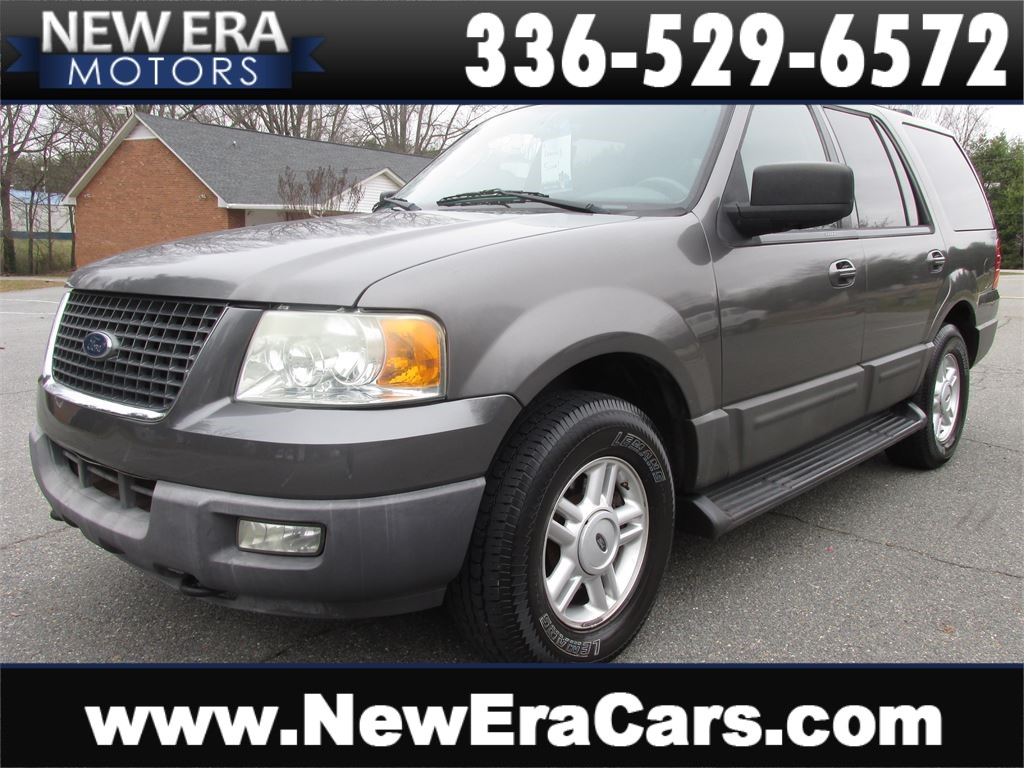 2004 Ford Expedition XLT 5.4L 4WD 3rd Row for sale by dealer