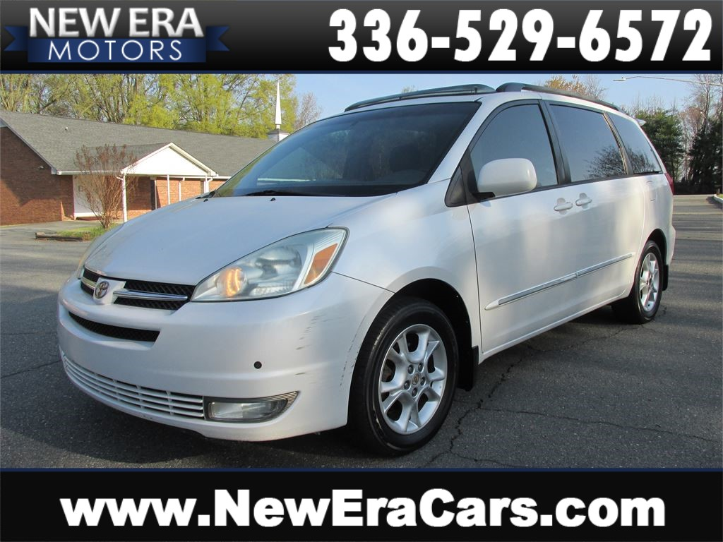 2004 Toyota Sienna XLE Fully Loaded!  for sale by dealer