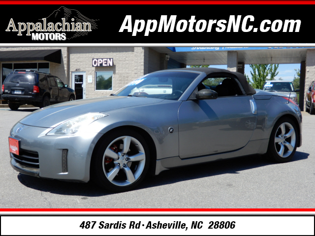 A used 2006 Nissan 350Z Touring Asheville NC